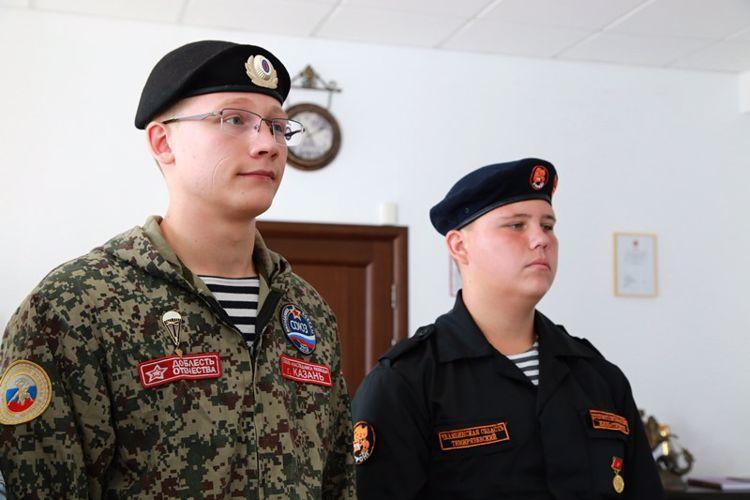 Героев нужно знать в лицо! Подростки спасли от гибели малыша в Челябинской области